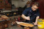Wykończenie i zabezpieczenie powierzchni drewna